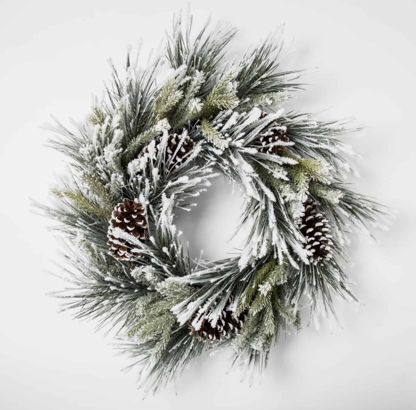 Affordable Holiday Decor, holiday wreath,